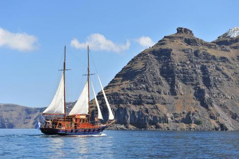 Tour of Caldera on a Sailing Boat