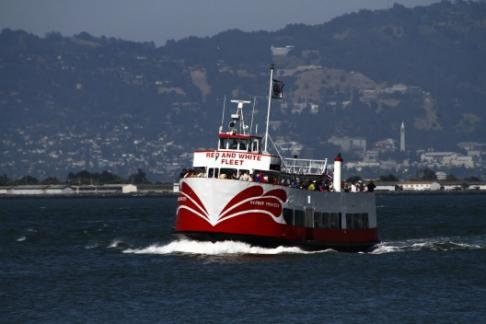 Red and White Fleet - Monterey Carmel Tour & Golden Gate Bay Cruise