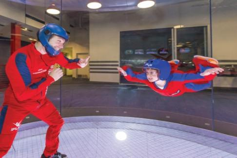 iFLY Hollywood - Group Flyers