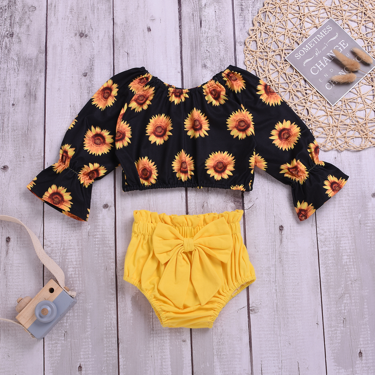 Baby Girl's Sunflower Allover Flare-sleeve Top and Bow Shorts