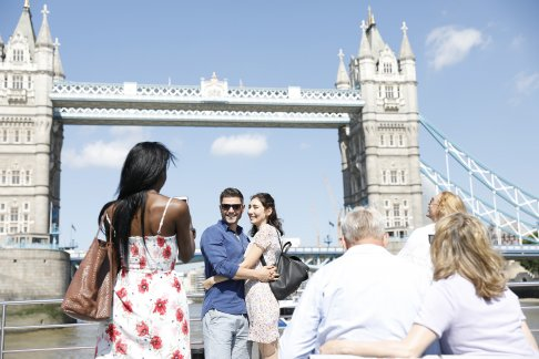 London Showboat - Dinner & Dance Cruise