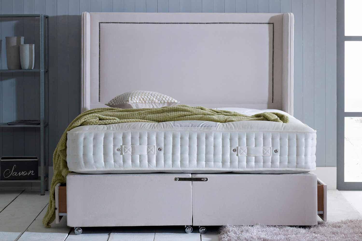 The Victoria 6000 Pocket Spring Natural Divan Bed-Small Double-2 Drawers Either Side