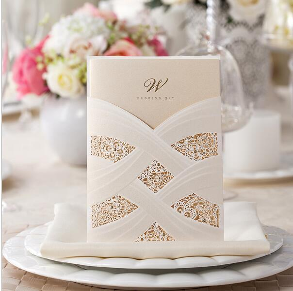 Wholesale-1 sample Elegant White and red Linked Ribbon Golden Shiny Wedding Invitation Card with Envelopes and Seals