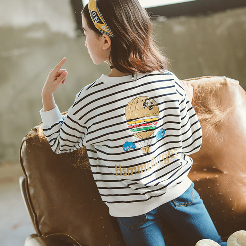 Fashionable Fire Balloon Print Striped Pullover